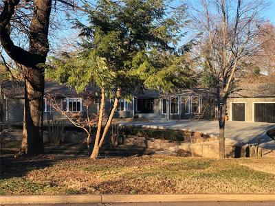 Tulsa Single Family Home For Sale: 2677 E 38th Street
