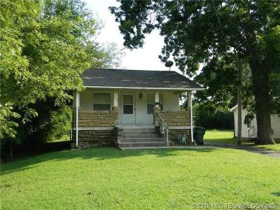 Collinsville Single Family Home For Sale: 1310 W Exchange Street