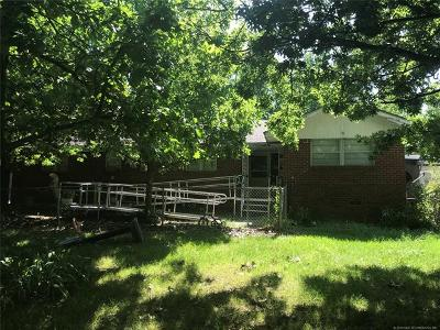 Ada Single Family Home For Sale: 1628 S Broadway Avenue
