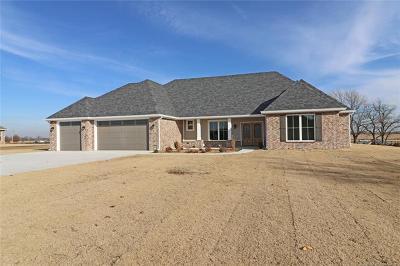 Ramona Single Family Home For Sale: 5 Oaklawn Drive