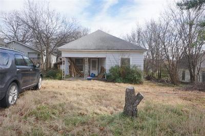 Henryetta Single Family Home For Sale: 410 N 3rd Street