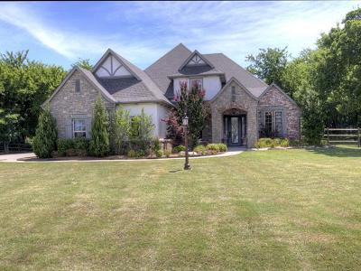 Owasso Single Family Home For Sale: 7025 Hidden Acre Trail