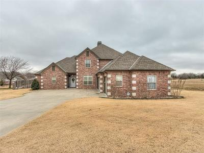 Bartlesville Single Family Home For Sale: 2824 Stonewall Drive