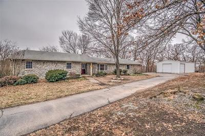 Bartlesville Single Family Home For Sale: 401250 W 2480 Drive