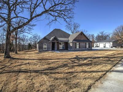 Claremore Single Family Home For Sale: 19412 Mountain Lane
