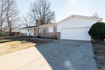 Broken Arrow Single Family Home For Sale: 2527 E Sidney Avenue