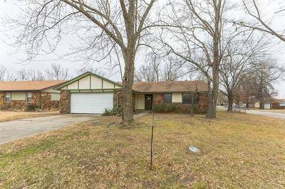 Coweta Single Family Home For Sale: 28410 E 137th Place S
