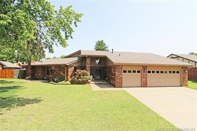 Bartlesville Single Family Home For Sale: 2616 SE Chapel Hill Road
