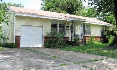 Sapulpa Single Family Home For Sale: 1909 S Independence Street