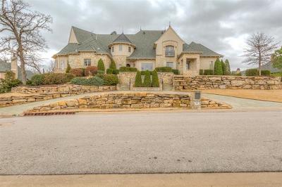 Tulsa County Single Family Home For Sale: 10807 S Oswego Avenue