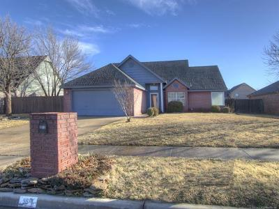 Owasso Single Family Home For Sale: 9913 N 117th East Avenue