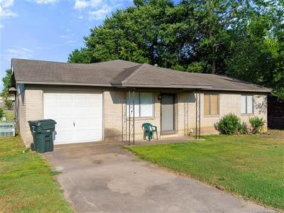 Claremore Single Family Home For Sale: 902 S Choctaw Avenue