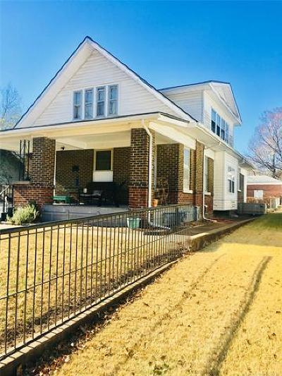 Okmulgee Single Family Home For Sale: 426 S Central Street