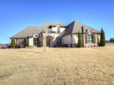 Owasso Single Family Home For Sale: 6365 N Twin Creeks Drive