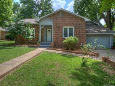 Coweta Single Family Home For Sale: 310 E Pecan Street