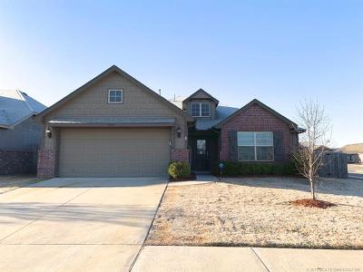 Jenks Single Family Home For Sale: 3928 W 105th Place S