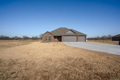 Oologah Single Family Home For Sale: 2275 E Barb Wire Drive