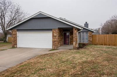 Owasso Single Family Home For Sale: 12002 E 89th Street North