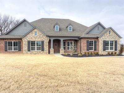 Owasso Single Family Home For Sale: 8706 N 66th East Avenue