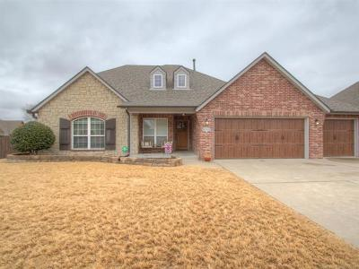 Broken Arrow Single Family Home For Sale: 3227 S 16th Street
