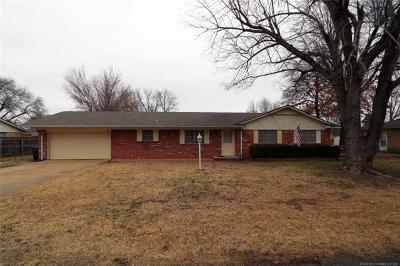 Sand Springs Single Family Home For Sale: 14505 Mockingbird Lane
