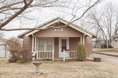 Sand Springs Single Family Home For Sale: 1012 N Cleveland Avenue