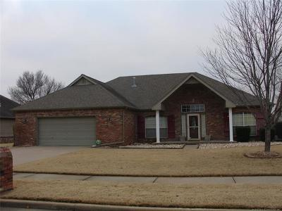 Owasso Single Family Home For Sale: 9506 N 109th East Avenue
