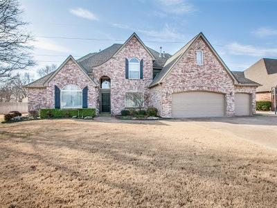 Tulsa Single Family Home For Sale: 5510 E 110th Place
