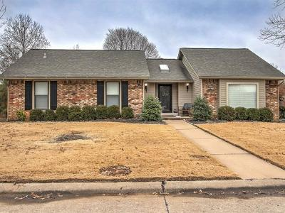 Broken Arrow Single Family Home For Sale: 8629 Willow Springs Court