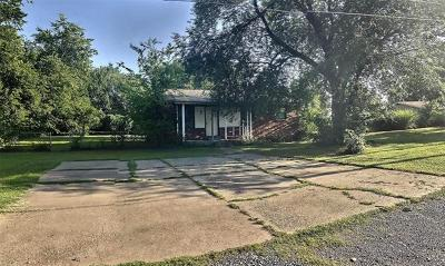 Wagoner Single Family Home For Sale: 907 SW 13th Street
