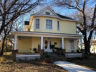 Okmulgee Single Family Home For Sale: 322 S Porter Avenue