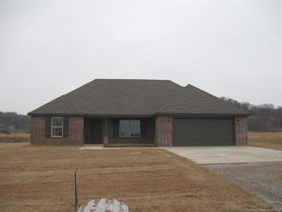 Claremore Single Family Home For Sale: 19390 S Coyote Drive
