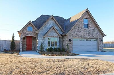 Bartlesville Single Family Home For Sale: 6423 Foxtail Park Drive