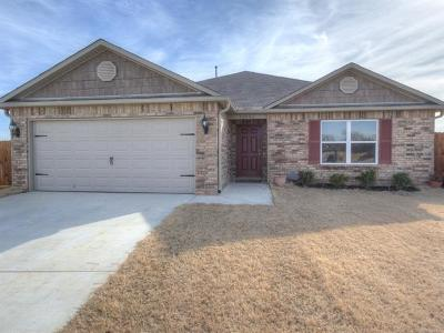 Owasso Single Family Home For Sale: 10006 E 106th Court N