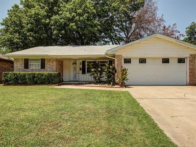 Tulsa Single Family Home For Sale: 4624 S 87th East Avenue