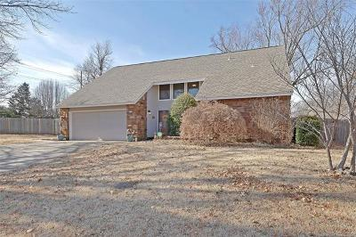 Tulsa Single Family Home For Sale: 7520 S 86th Place