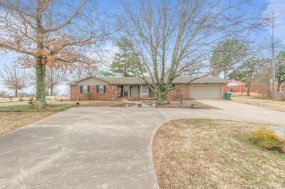 Sand Springs Single Family Home For Sale: 1628 N McKinley Avenue