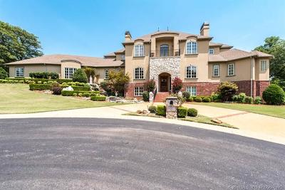 Tulsa County Single Family Home For Sale: 6933 E 115th Street