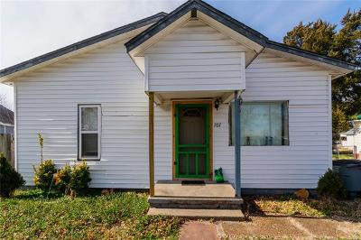 Wagoner Single Family Home For Sale: 707 N Jefferson Avenue