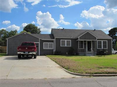 Muskogee Single Family Home For Sale: 1907 E Broadway Street