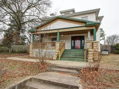 Okmulgee Single Family Home For Sale: 800 S Okmulgee Avenue