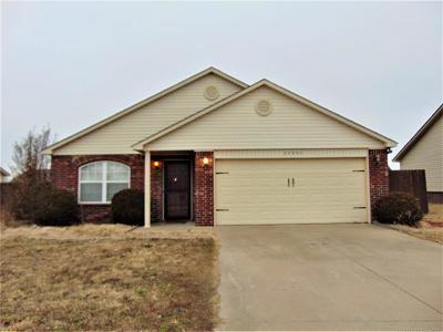 Broken Arrow Single Family Home For Sale: 25955 E 90th Street S