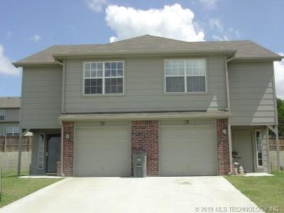 Catoosa Multi Family Home For Sale: 938 River Xing Street