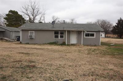 Jenks Single Family Home For Sale: 285 E K Place