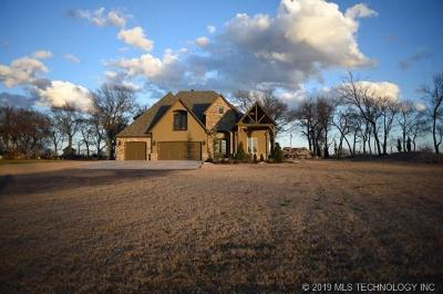 Okmulgee County Single Family Home For Sale: 1750 N 180 Road
