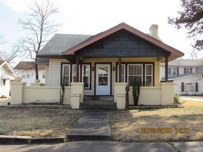 Bristow Single Family Home For Sale: 222 W 8th Street