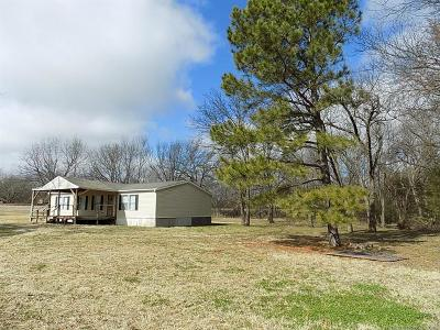 Holdenville OK Manufactured Home For Sale: $79,000