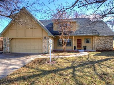 Tulsa Single Family Home For Sale: 8111 S 74th East Avenue