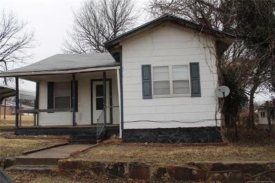 Drumright Single Family Home For Sale: 205 E Maple Street