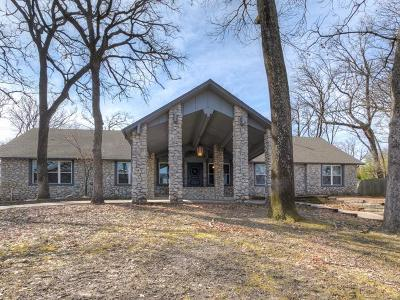 Tulsa Single Family Home For Sale: 4202 E 105th Place